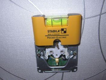 uroven_elektrika_уровень_электрика_stabila-pocket-electric