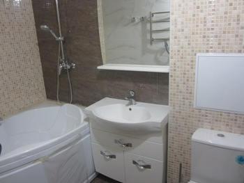 montazh_elektroprovodki_v_vannoj_komnate_монтаж_электропроводки_в_ванной_комнате